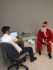 Santa's knee pain